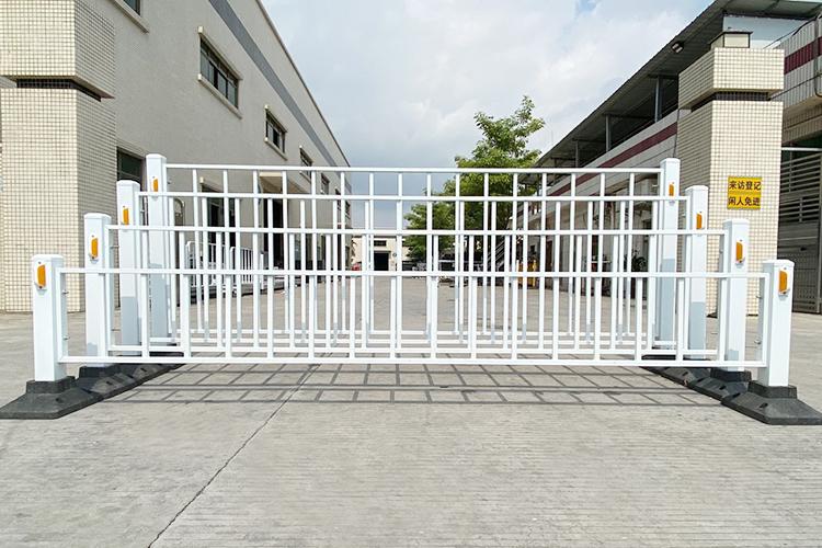 道路护栏-方管/圆管
