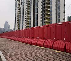 广州金融城2米注水围挡工程